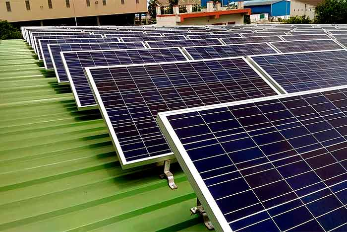 What-is-the-monthly-output-of-a-20kW-solar-system-solar-system-on-the-green-roof