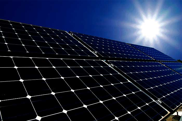 Why-SUNTECH-solar-panels-sun-shine-to-the-solar-panel
