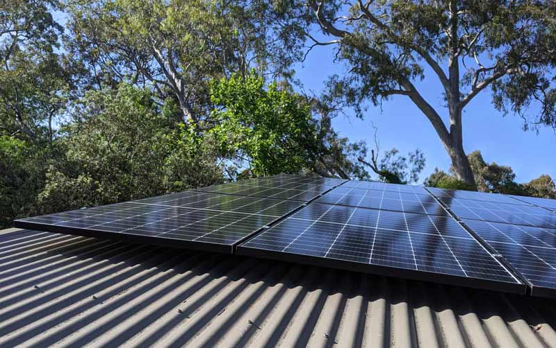 Longi solar panels installe on roof